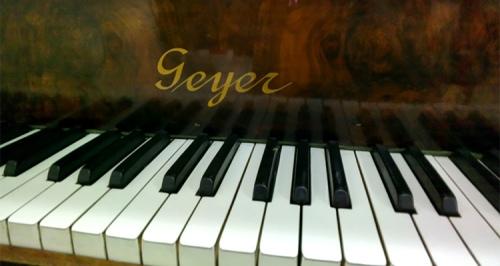 Juan Carlos' piano